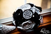 Wedding Ideas <3  / Ideas for my 2014 wedding...the color theme is black, silver and midnight blue <3