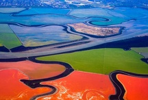 Aerial Views Photography / As a child I was always amazed at the images of earth looking out of an airplane window.Taking photos of the ground from an elevated position is called Aerial Photography.