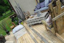 Terasse et meuble de jardin en palette et bois de récupération