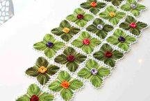 centro de mesa hojas crochet