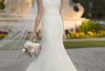 Vestidos hermosos / Vestidos de Novia Confeccionado a medida para alquiler o compra Información: Whatsapp 3105263955 Alfombra Rosa vestidos/ Facebook