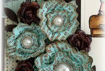 Paper beauty in teal / mint