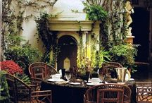 Colonial decor