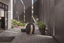 postmus - Inspiratie buitenvloeren / Op dit bord vind je allerlei inspiraties voor de buitenvloer. Wellicht kunnen wij voor u wat betekenen omtrent uw tuin! #sierbestrating #buitenvloer #postmus-sierbestrating.nl