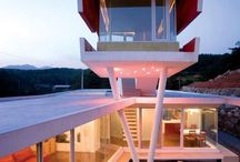 Dwellings with special tower features for expansive views