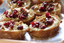 CAKES & RECIPES / by Annachiara Farese