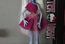monster high/barbie / by sofia embil