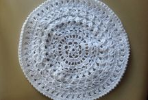 Gehaakte baretten / Gemaakt van durable katoen, wasbaar op 60 graden in wasmachine.