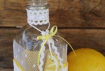 Lemon Girl: Μία Βάπτιση με θέμα το Λεμόνι!! / Η βάπτιση της μικρής Χριστίνας μοσχοβολά μυρωδάτο λεμονάκι...Και όπως λέει και ένα ρητό: όταν η ζωή σου δίνει λεμόνια, εσύ φτιάξε μια δροσερή λεμονάδα και απόλαυσε την μαζί με τους αγαπημένους σου φίλους και συγγενείς!