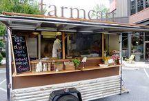 Coffe & trucks / kawa i wszystko związane włącznie z mobilną kawiarnią