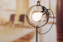 Ispirazioni di luce / La luce, in ogni progetto, può fare la differenza. Per voi scegliamo solo le migliori lampade Artemide, Foscarini, Davide Groppi, Toll