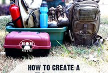 72 Hour Prep / Ideas for how to build your kit to survive the first 72 hours after a disaster/emergency.