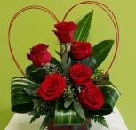 Valentine's flowers / Looking for romantic, fun, sweet Valentine's day inspiration? well, here it is.