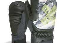 GORE-TEX® Gloves / LEVEL GORE-TEX® Gloves are durably waterproof, windproof and highly breathable.