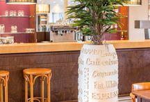 COFFEE / Das ideale Pflanzgefäß für Cafés, Restaurants und alle Orte, an denen man Kaffee genießen kann. ▪ The ideal planter for cafes, restaurants and all places, where people like to enjoy coffee.