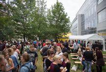 Sommerfest des HfTL-Studentenclubs Stecker / Bildimpressionen vom Sommerfest des HfTL-Studentenclubs Stecker auf dem Campus der HfTL. Tolle Stimmung, Live-Musik und das Wetter spielte auch mit.