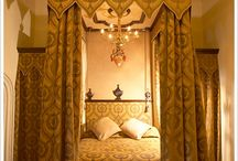 Stunning 4-Poster Bedrooms / Fancy a slumber in one of the these 4-poster beds?