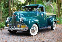Unity Vintage Lights / Unity Manufacturing lights on vintage vehicles