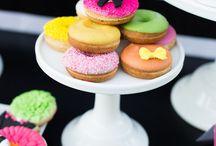 Donut Love / Donut recipes - DIY doughnut ideas - donut ideas - pretty donuts - donut party  / by Lillian Hope Designs