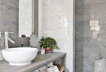 Bathroom!!