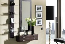 Entrance Ideas with Mirror & Table