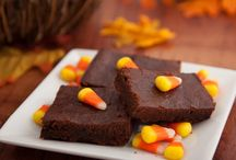 Halloween Recipes / Not sure what to make for Halloween that won't scare everyone away? We have some amazing recipes that will have your guests coming back for more.