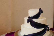 Wedding Cakes and Desserts / Yummy cakes and wedding desserts we've photographed