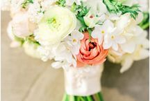 Flowers,and more flowers / Cut flowers, flowers designs, how to arrange flowers, center pieces..flowers! / by Heidi Wolf