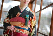 新日本髪 / 鬢付け油を使わずに、スプレーやワックスなどで仕上げるスタイル。鬢付け油を使わないので披露宴などでのスタイルチェンジも可能。