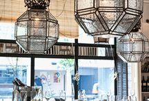 BAR + CAFÉ +RESTAURANT / Espacios comerciales llenos de encanto