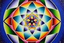 Roz Mandalas / Personal Numerology Mandalas hand-painted by Rosalind Pape since 2001! email for info and to order: rozmandalas@gmail.com https://www.facebook.com/PersonalMandalas/ www.blueprint4creation.com www.dailyvibereport.com https://www.instagram.com/rozmandalas/