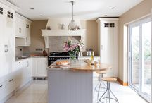 Modern Classic Kitchen Private Residence, Enniskillen, Co Fermanagh / Greenhill Modern Classic Kitchen