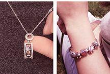 Tinysand / Tous les perles et les accessoires fantaisies vous trouverez chez Pandahall avec le marque Tinysand