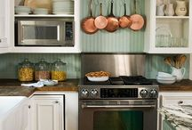 Kitchen Backsplashes / by Amanda Andrews