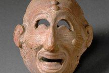 Sourire / Smile / Souriez ! De la Joconde et son sourire énigmatique aux sculptures médiévales, le sourire est un attribut signifiant dans l'iconographie à toutes les époques. Partez à la découverte des plus beaux ou des plus inquiétants sourires de l'Antiquité au XIXe siècle ! http://www.louvre.fr/selections/sourire / by Musée du Louvre