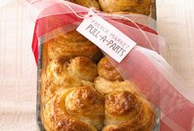 Recipes : Breads & Other Baked Goodies / by Christine Tina de Jesus