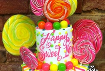 Sweet sixteen / And other special occasion Cakes & dresses