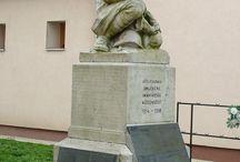 háborús emlékművek