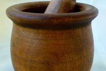Hmoždíře- dřevo,kov