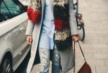 Fur, fur, fur / Los abrigos de pieles se modernizan y colorean ¡abrígate que viene el frío! http://chezagnes.blogspot.com/2017/01/fur-fur-fur.html #fur #furcoat #abrigo #pieles #abrigodepiel #streetstyle #moda #fashion