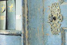 Door details / by Melanie McIntosh