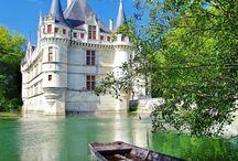 Château d'azar-le-rideau - a Dream of a Palace