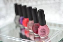 Beauty: Make Up and Skin Care / Makeup, skin care, nails, and all things beauty.  Tips, tricks, and more!  www.amotherworld.com