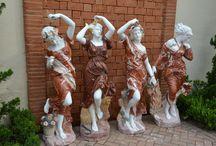 Esculturas / Peças em mármore, pó de mármore e ferro fundido.