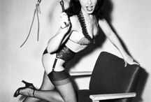"Betty Page #pin #up #vintage / Bettie Page. Black Angel. Bettie Page was the most famous woman Pin-up girl of the postwar period. Renowned photographer Bunny Yeager charming, in his book ""Betty Page"" says: ""It is exactly how to do so that her body looked perfect in the pictures."""