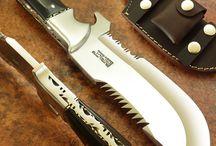 Μαχαίρια.