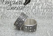 Pensieri incisi / Realizziamo a mano anelli e gioielli in argento 925 con frasi, aforismi e iniziali scelte da voi! Anelli incisi, personalizzati con disegni e altro ancora!