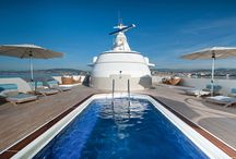 Yacht's Swimming pool / Have a jacuzzi in one's yacht is pretty cool but have a swimming pool is a privilege... These sumptuous swimming pools awaits you to refresh yourself, swim, relax, have fun, drink a cup of champagne with your friends and your lover or why not take a midnight swim...
