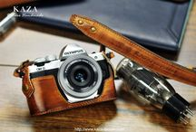 Olympus E-M10 MKii em10mk2 leather half case and strap in vintage brown leather
