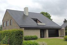 Un Acoperiș cu țigla metalică Quadro în Europa / Un nou acoperiș cu Quadro în Europa. Mai multe despre tigla metalica Quadro http://www.acoperisuri.icopal.ro/